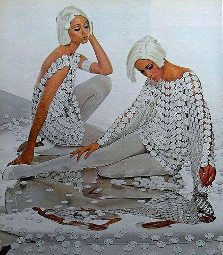 1960's mod women fashion
