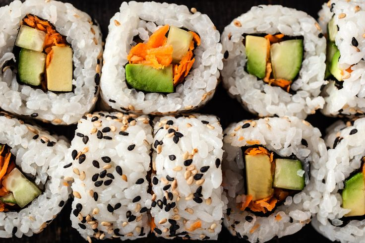 A classic Japanese inside-out vegetable maki recipe.