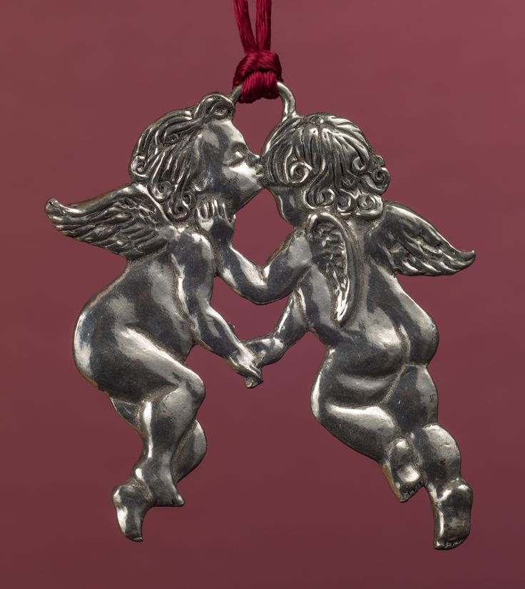 Seagull Pewter Hanging Ornament -- Pair of Kissing Angels/Cherubs, dated 1995.