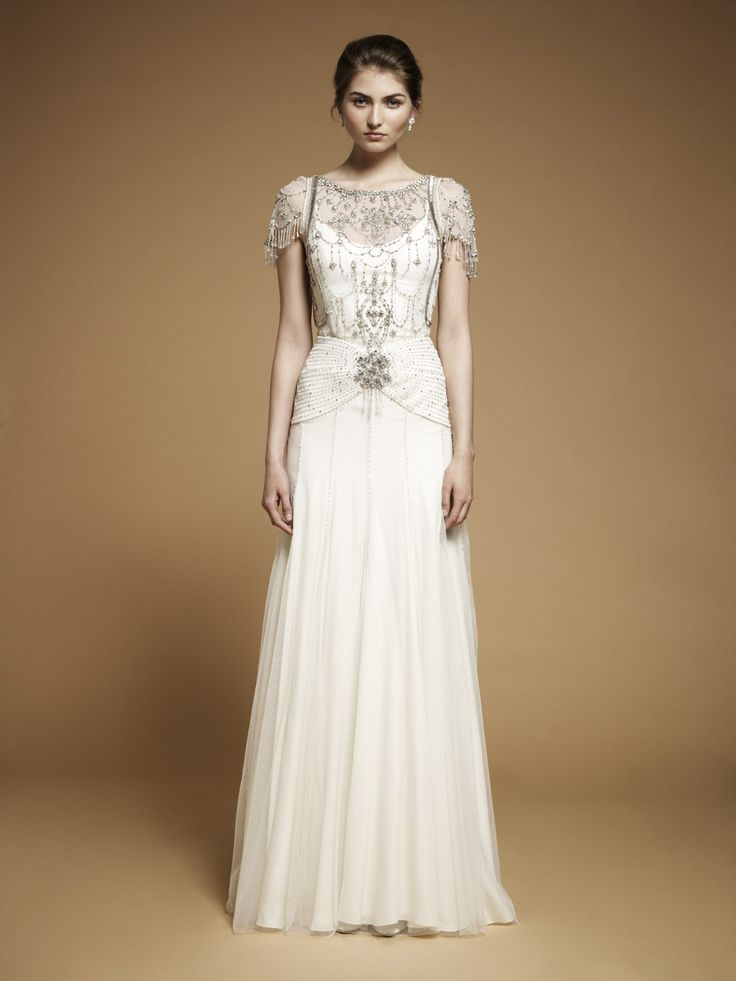Best 25 art deco wedding dress ideas on pinterest 1920s for Wedding dress 30s style