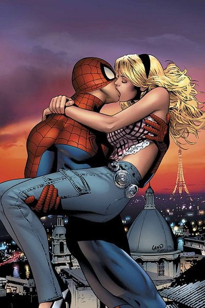 Spidey kiss with Gwen Stacy