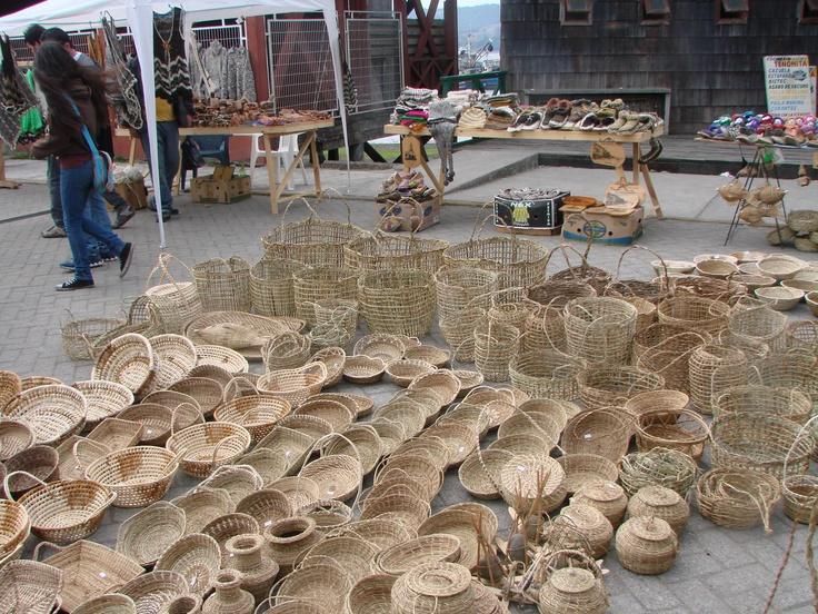 cesteria chilota. Dalcahue , Isla de Chiloe , Chile