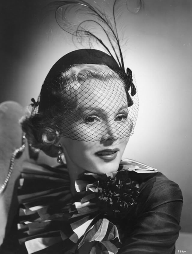 THE GABORS 1919-1995 on Pinterest | Zsa Zsa Gabor, Black Lace ...