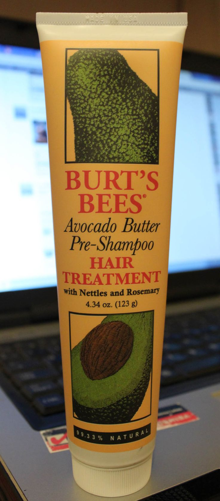 Avocado Butter Pre-Shampoo Hair Treatment de Burt's Bees