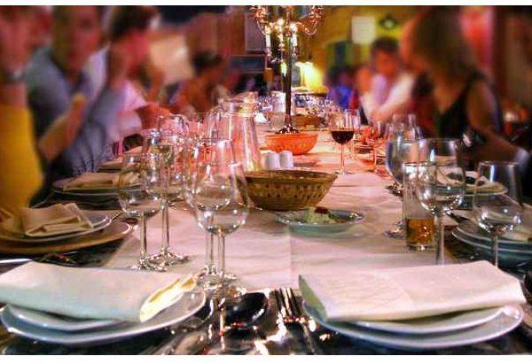 ¿Irías a la cena de Navidad de la empresa si tuvieras que pagarla?