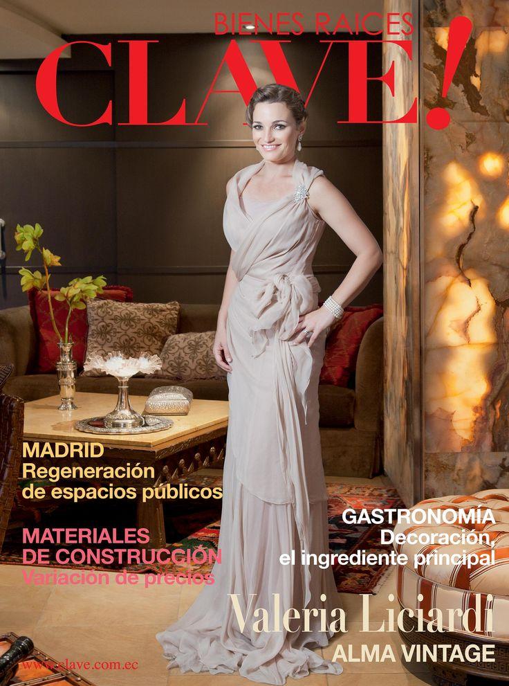 Edición 43 Revista CLAVE! EN portada Valeria Liciardi.  Foto: Chris Falcony  Producción: Irene Ycaza  Maquillaje y Peinado: Billy Diaz Peluquería