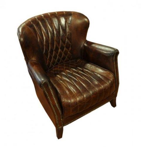 Praktisk og nett Regent lenestol i vintage leather som er enkel å plassere og ikke ruver i ditt hjemmemiljø!Stolen er produsert i skinn av beste kvalitet og har med sin gode sittekomfort og holdebare ytre egenskaper som er godt egnet for norske forhold! Ved kjøp av denne stolen vil du være sikret et møbel av høy kvalitet du vil ha glede av i år etter år!Mål:Bredde 74 cmHøyde 79 cmSittehøyde 41 cmDybde 81 cmSittebredde (front) 50 cmMateriale/ finish:Vintage leatherVedlikehold:Vi a...
