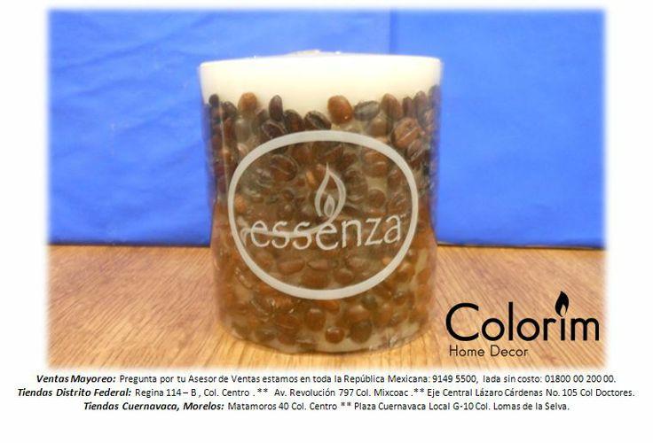 Cirio con granos de café y aroma.