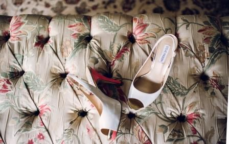 #weddingconcepts #weddingshoes #fortheloveofshoes Photography by: Jules Morgan
