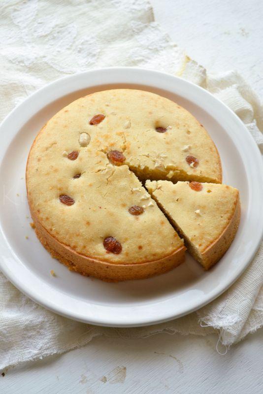 Eggless Vanilla Cake |Pressure Cooker Vanilla Cake | kurryleaves