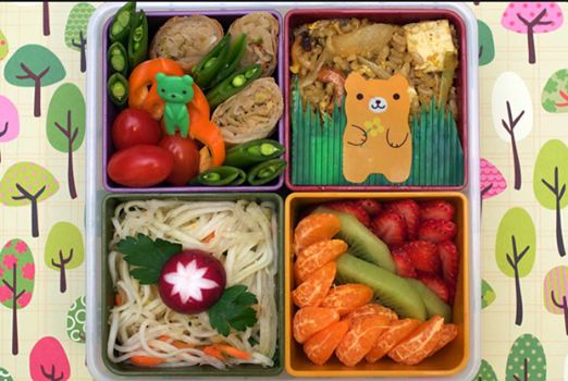 Are you looking for healthy school lunch box items? Come down to Saverite Supermarket York street for all your fresh fruit and vegetable options. What do you consider a healthy lunch box treat? #healthyliving #lunchboxideas #supermarket