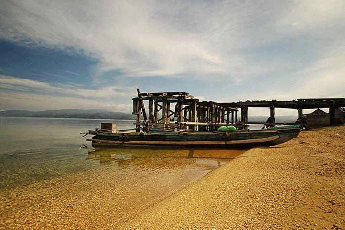 Danau Poso: Keindahan Istimewa di Jantung Sulawesi