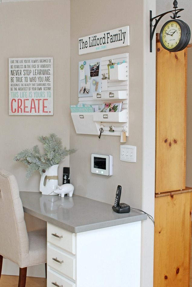 Follow these kitchen command center organization tips to keep all of your paper clutter under control and organize your family's schedule.