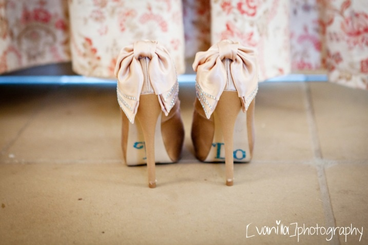 photographed by vanilla photography   {http://ohmsweetlove.wordpress.com}