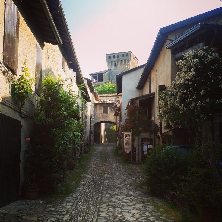 Borgo di Torrechiara