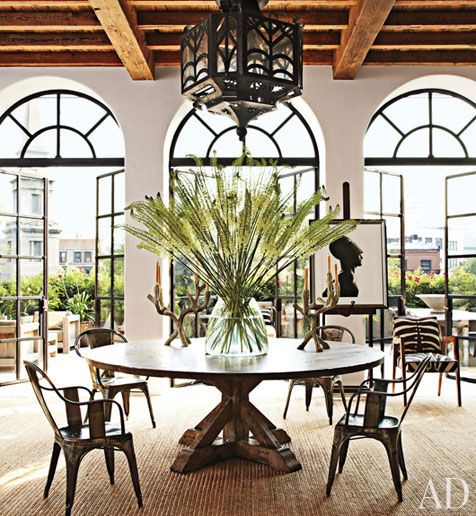 Love this table and space!!!