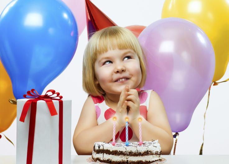 10 increíbles decoraciones de tortas para cumpleaños infantiles