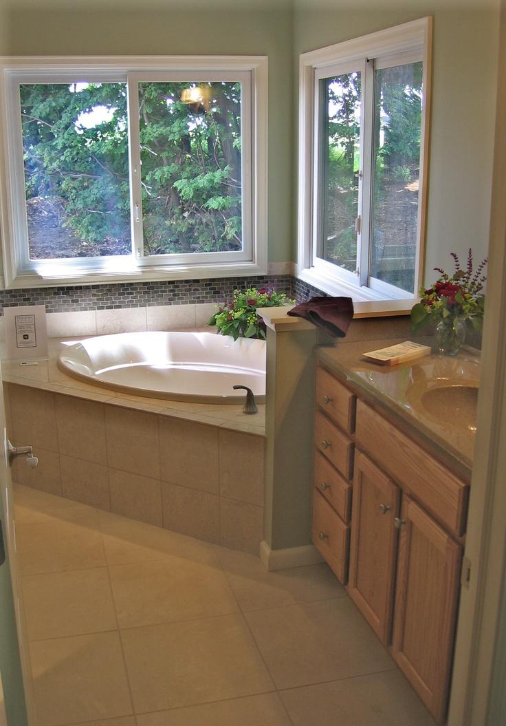Wonderful Modern Bathroom Fixtures And A Large Walkin Shower Like All Motels And  The Hotel Is Conveniently Located About 5 Minutes East Of Downtown Traverse City And Its Beach Area, And Very Close To The Mission Peninsula A Gas Station, A