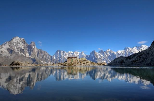 Haute-Savoie : Le Lac Blanc à Chamonix (© Mihai - Fotolia)