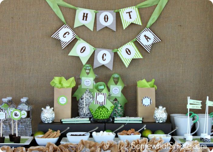 Hot Cocoa Bar and Free Printables via @somewhatsimple