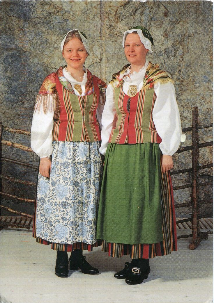 PEOPLE IN TRADITIONAL DRESS | Traditional Dress of Finland | Remembering Letters and Postcards