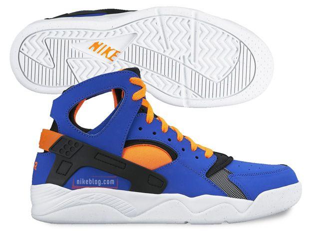 "Nike Air Flight Huarache ""KNICKS"""