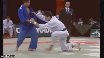 Back in the day… some crazy fast Koshi-waza!