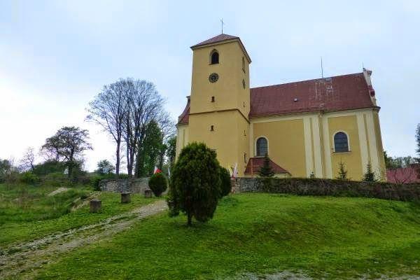Znalezione obrazy dla zapytania laski kościół