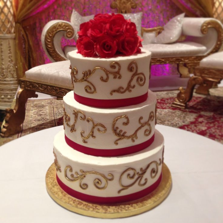 red gold and green wedding cake and gold wedding cake wedding 19122