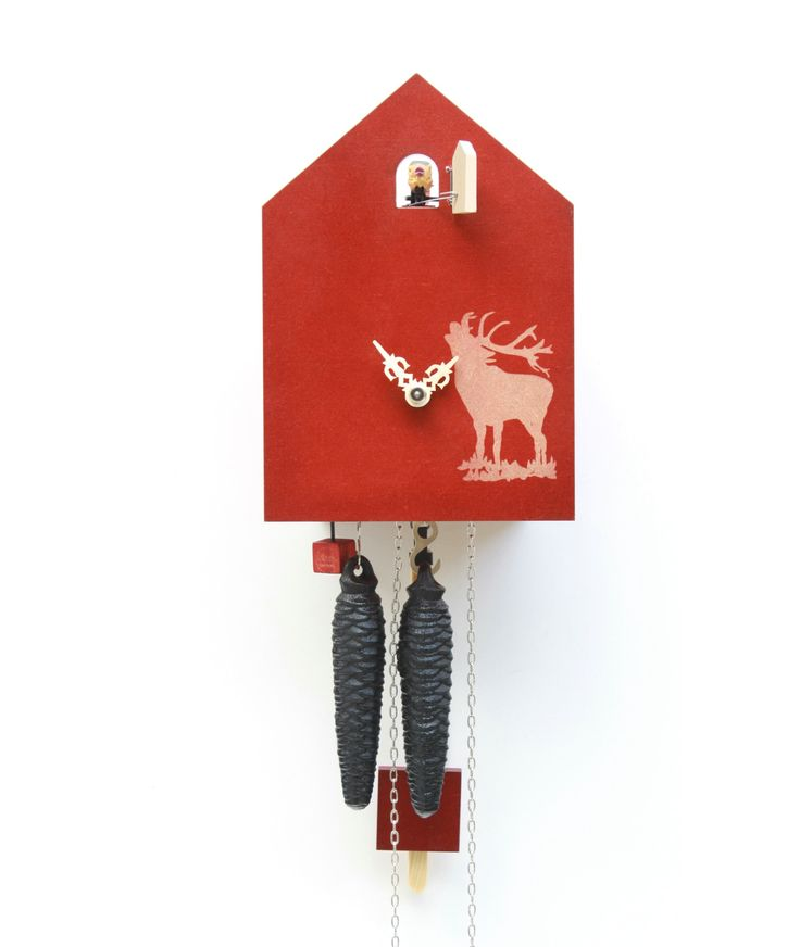 Modern cuckoo clock by ROMBA, the inventors of the cuckoo clock of the third generation. The cuckoo clock manufacturer with a penchant for the eccentric between traditional and modern.