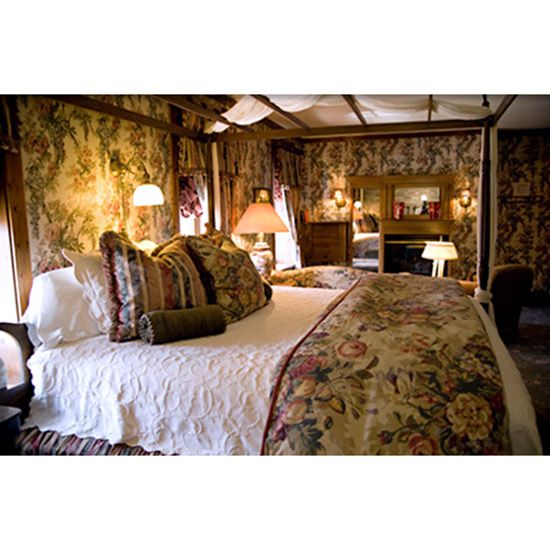 America's Best Bed and Breakfasts: Inn at Cedar Crossing; Sturgeon Bay, WI