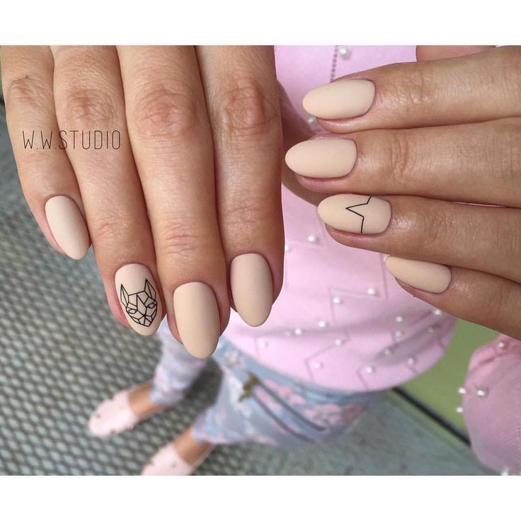 Accurate nails, Autumn nails, Autumn nails with a pattern, Beige nails by gel polish, Fall nails 2016, Fall nails ideas, Fall nails trends, Gel polish on the nails oval
