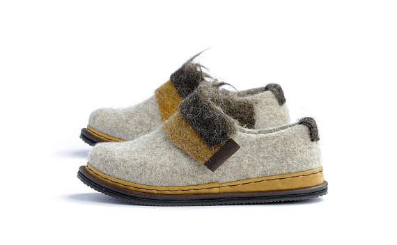 Spring shoes- wool clogs shoes- woman wool shoes- felted shoes-bohemian  shoes- woolen clog- woman felt loafers- boiled wool shoes 81bfb944880