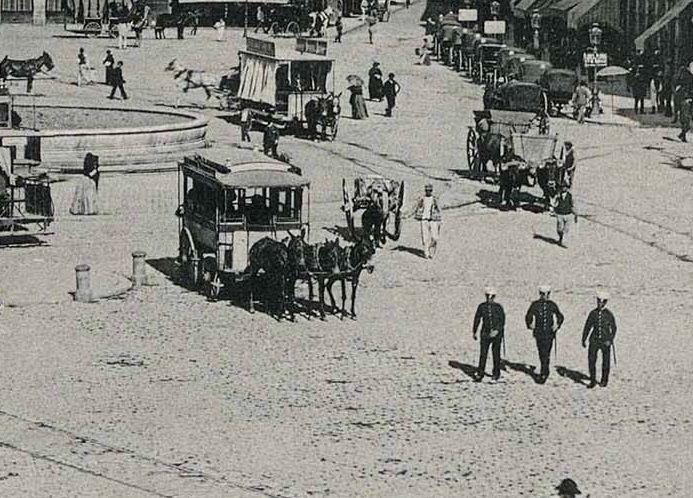 Un día Normal en la Puerta del Sol, en 1891 Biblioteca Digital Hispánica (Biblioteca Nacional de España)