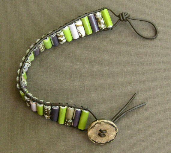 Bracelet papier Perle en cuir Wrap Upcycled par DeepBlueNotion