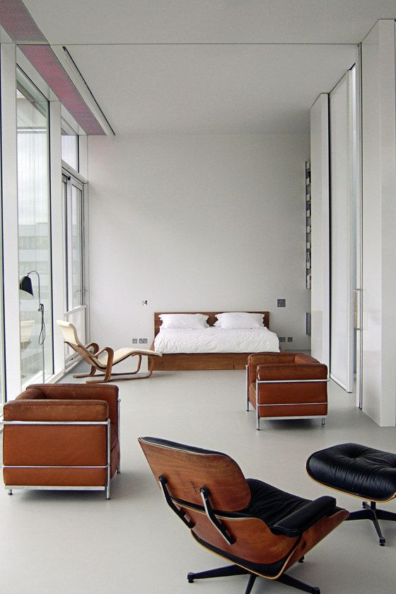 love the Le Corbusier chairs, but i would opt for black or off white