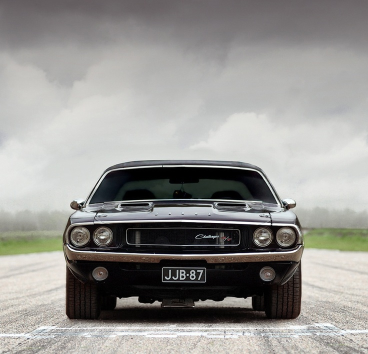Tough looking 1970 Challenger standing as an oman to anyone who wishes to take the Challenge... Bring it!