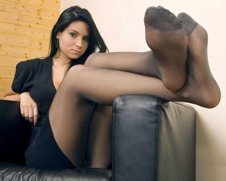 Tumblr pantyhose feet