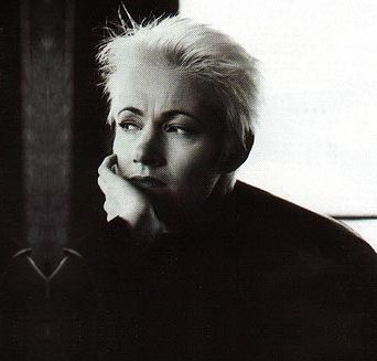 Roxette lead singer (& brain cancer overcomer) Marie Fredriksson in her heyday ~~ supercool woman