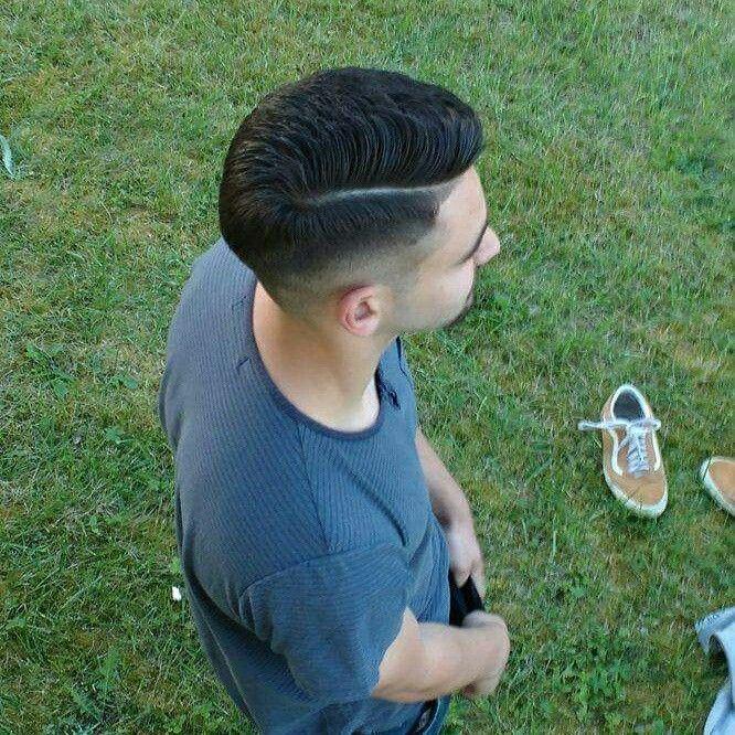 Side pomp.