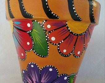 Pote de flor de amapola de la mano pintado por brilliantexpressions