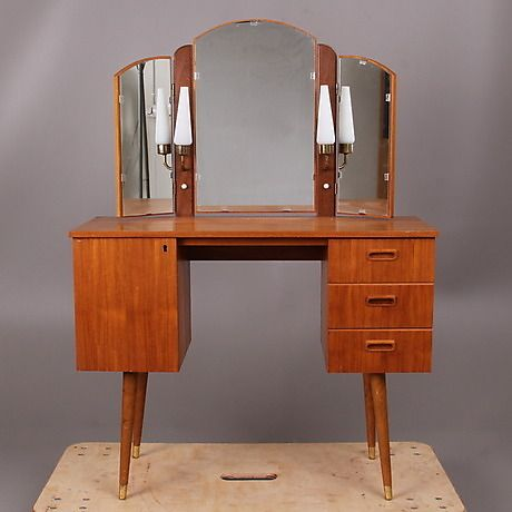 Dressing table 1950's www.auctionet.com