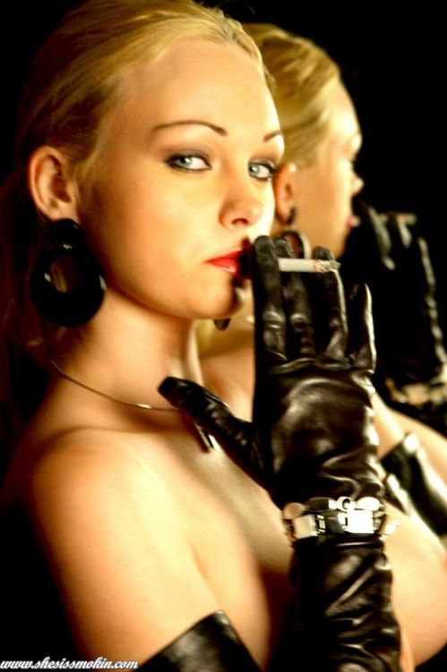Smoking in leather gloves