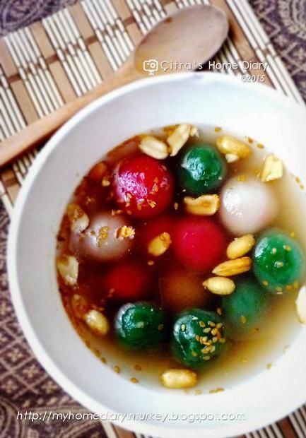 Citra's Home Diary: Wedang Ronde (Indonesian Glutinous balls in ginger syrup)