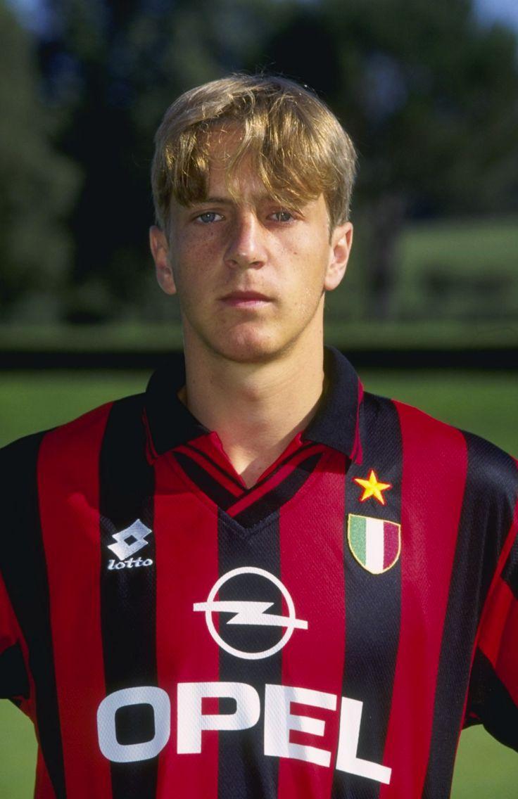 Massimo AMBROSINI; 1994–95 Cesena, 1995–2013 AC MILAN, 1997–98 loan Vicenza, 2013–14 Fiorentina