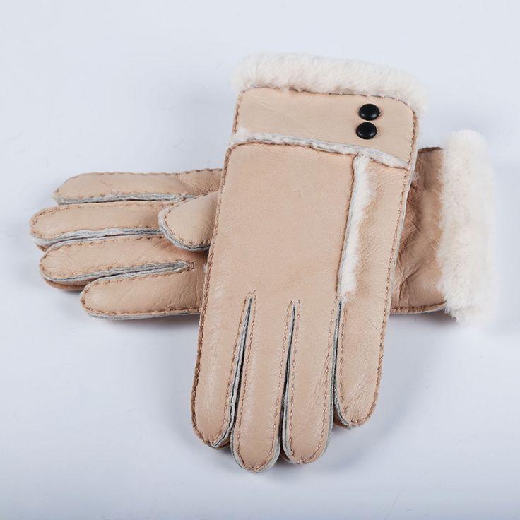Лидер продаж зима Для женщин Перчатки шерсть Пояса из натуральной кожи овчины Перчатки твердого овец Мех варежки элегантные теплые женские Перчатки AGB483 купить на AliExpress