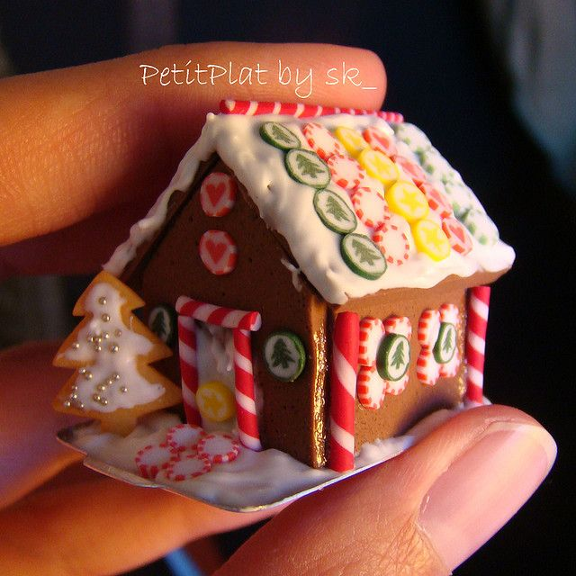 tiny polymer clay gingerbread house
