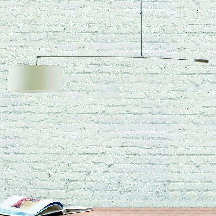 Lámpara de techo con cuerpo metálico en acabado cromado y brazo largo con tulipa circular de tela en color blanco.  #iluminacion #tendencia #decor #deco #design #diseño #decolovers #decoracion #decoration #interiorismo #interiordesign #casa #home #instadecor #instagood #cool #fashion #picoftheday