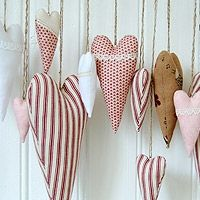hearts .... cute thing to do with scrap fabric.