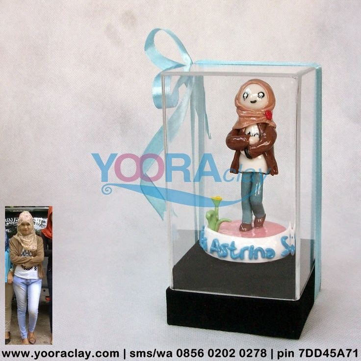Clay Figure dalam Box Acrylic 'KA'